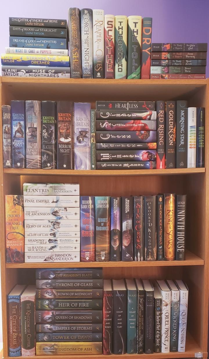 A Tour of MyBookshelves!